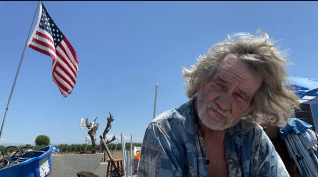 Beaten Down By The VA System 68 Year Old Homeless Veteran Watches Illegals Pass Him By